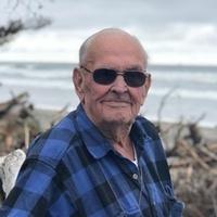 """Gerald Elmer Coy Send Gifts September 09, 1932 - October 07, 2018 Gerald """"Jerry"""" Elmer Coy was born on September 9, 1932, in Newport, Washington to Elmer and Iola Coy. He passed away on October 7, 2018 View full obituary"""